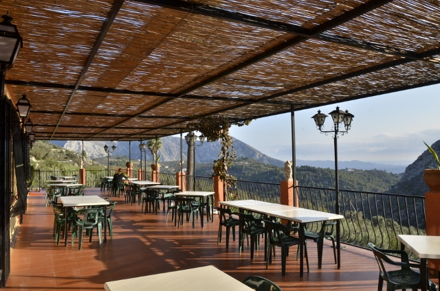 summer terrace at the restaurant sa canterella
